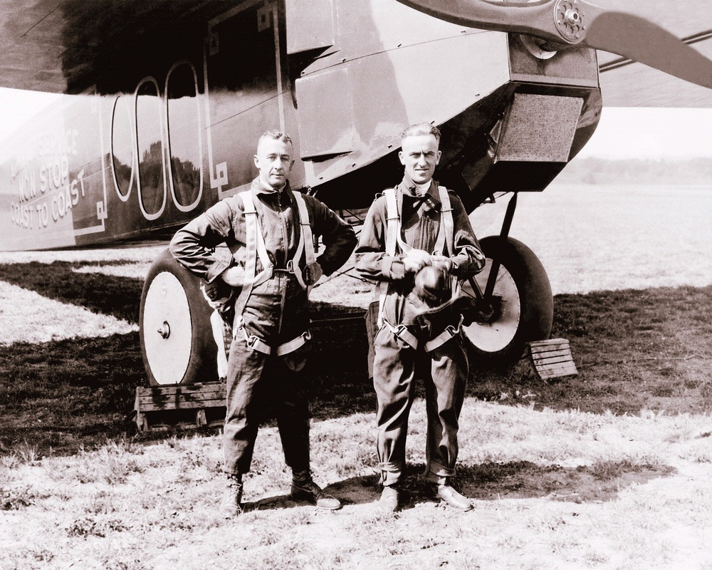 Macready and Kelly with the Fokker T-2