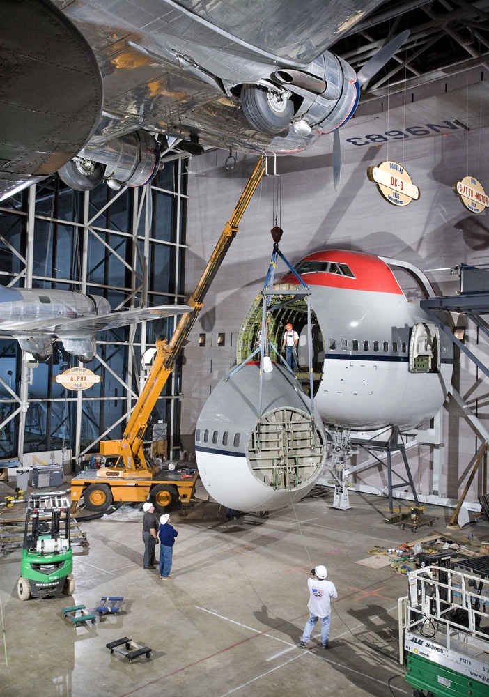 America by Air - Boeing 747 Forward Fuselage Installation
