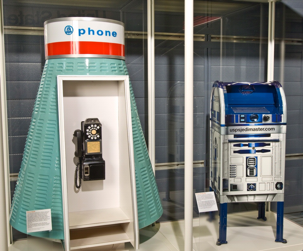 R2D2 mail box and Mercury Phone Booth at the Steven F. Udvar-Hazy Center
