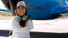 Jessica Cox, Right Footed Pilot