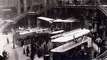 Salon I'Aéronautique in 1910