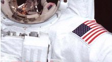 Book Cover: <i>Sky Walking: An Astronaut's Memoir</i>
