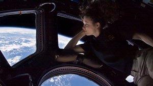 Astronaut Tracy Caldwell Dyson