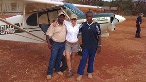 Patty Wagstaff with two Kenyan pilots